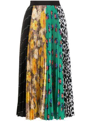 芸能人がヒルナンデス!で着用した衣装スカート、ニット