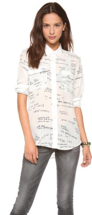 芸能人が番組未選択で着用した衣装シャツ