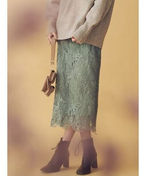 芸能人がこの恋あたためますかで着用した衣装スカート