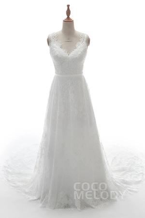 芸能人が35歳の少女で着用した衣装ウェディングドレス