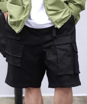 芸能人が渋谷行進曲で着用した衣装パンツ