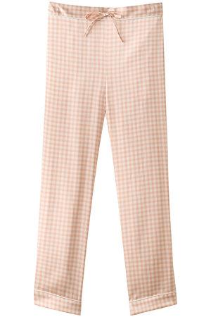 芸能人が逃げるは恥だが役に立つ ガンバレ人類!新春スペシャル!!で着用した衣装パジャマ