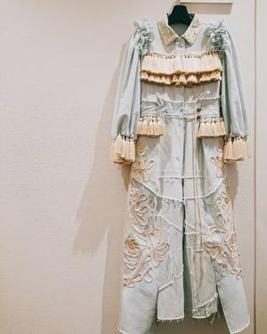 芸能人が第71回NHK紅白歌合戦で着用した衣装オールインワン