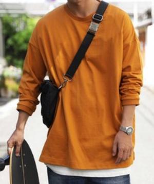 芸能人がFOOTBALL FREAKSで着用した衣装Tシャツ/カットソー