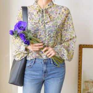 芸能人がシンデレラはオンライン中!で着用した衣装シャツ/ブラウス