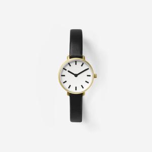 芸能人がオー!マイ・ボス!恋は別冊でで着用した衣装腕時計