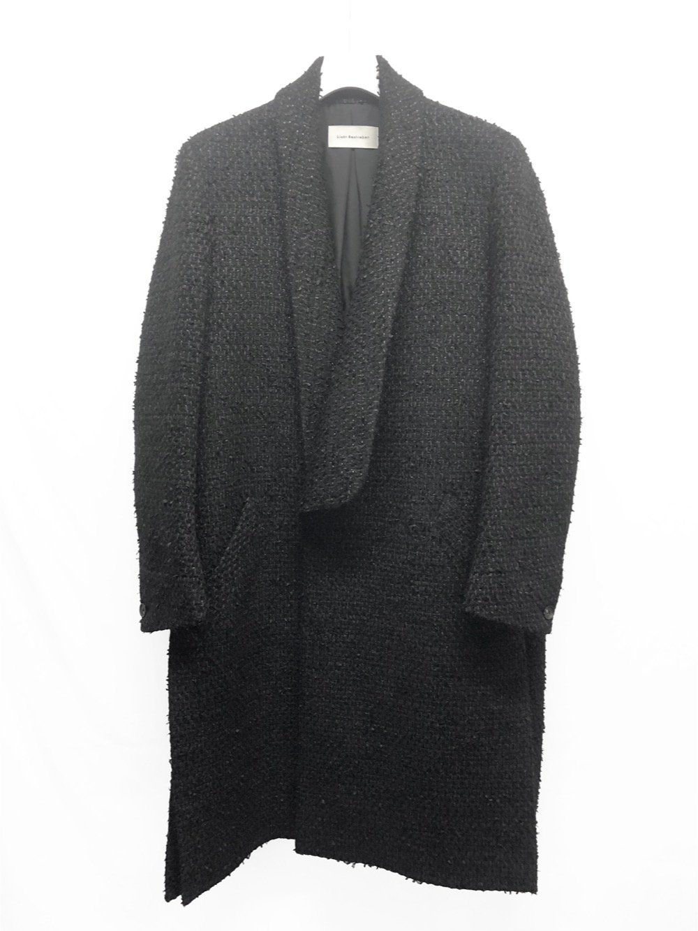 芸能人が櫻井・有吉THE夜会で着用した衣装アウター、シャツ
