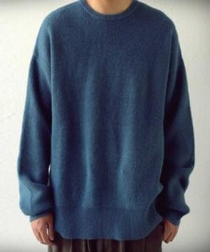 芸能人がAtsuto Uchida`s FOOTBALL TIMEで着用した衣装ニット
