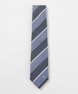 芸能人が知ってるワイフで着用した衣装ネクタイ