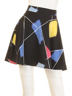 芸能人がネットニュースで着用した衣装スカート