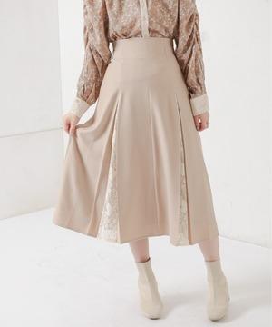 芸能人が天国と地獄 〜サイコな2人〜で着用した衣装スカート