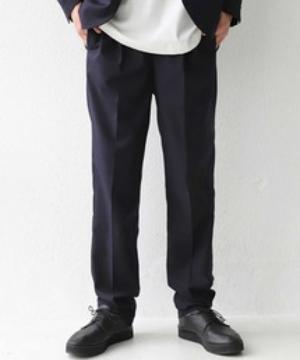 芸能人がFOOTBALL FREAKSで着用した衣装パンツ
