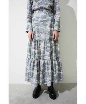 芸能人が林先生の初耳学で着用した衣装スカート、シャツ